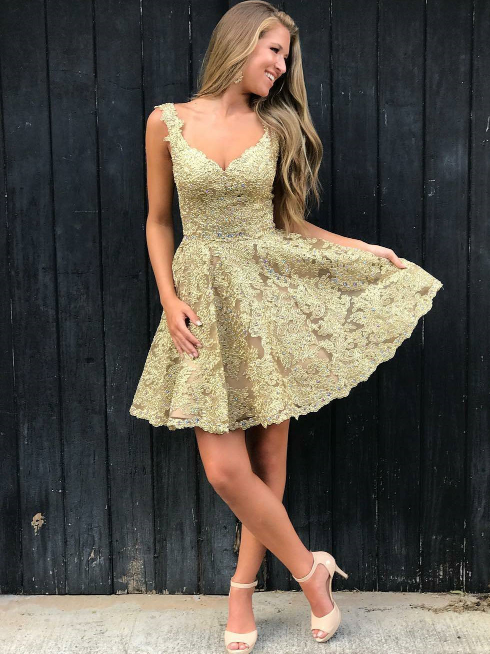 Stylish A-Line V-Neck Gold Lace Short Homecoming Dress with Appliques
