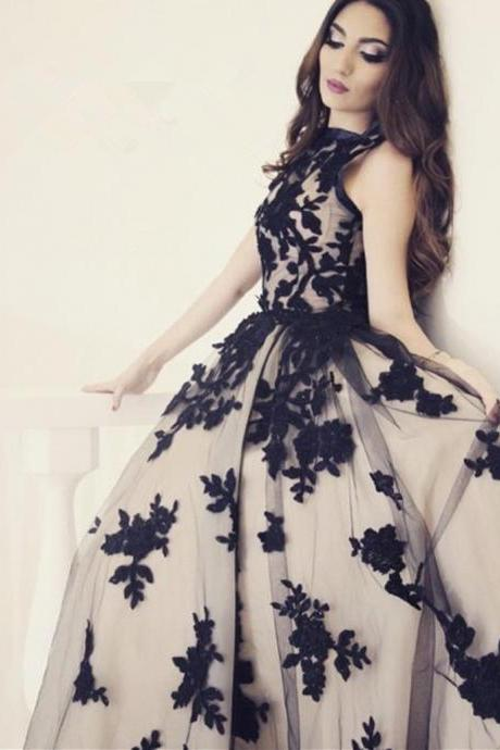 New Arrival A-Line Round Neck Black Lace Long Prom Dress